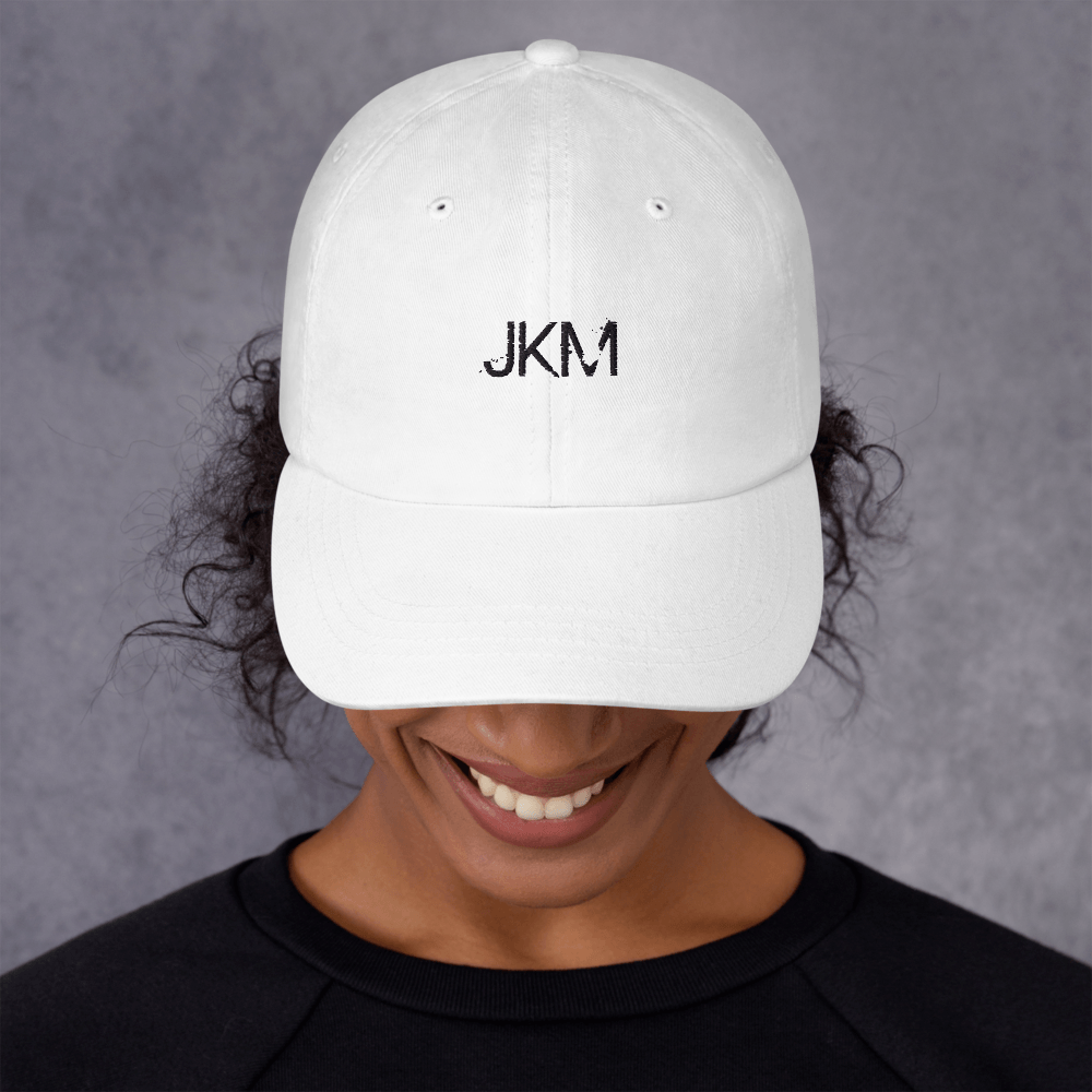 JKM-Web-CompactBLACKOUTLINE_mockup_Front_Womens_White